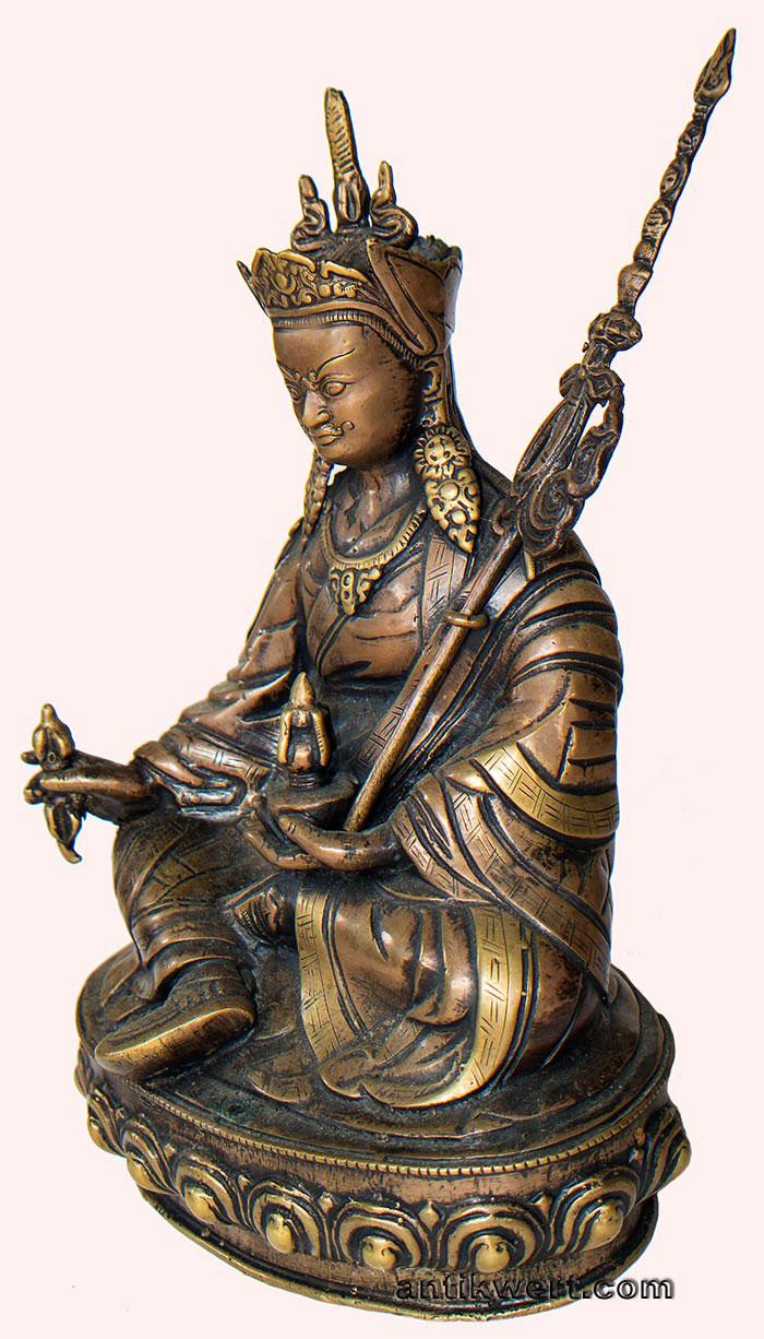 Padmasambhava-antique-copper-151 in Seitenansicht 1 mit Khatvanga