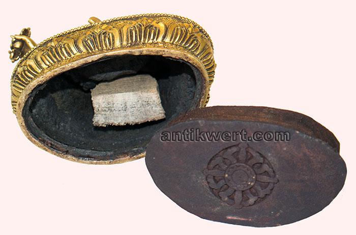 Padmasambhava-ziseliert-214 Ansicht von unten