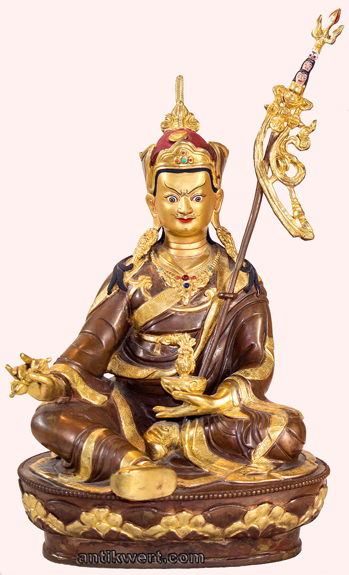 Padmasambhava-vergoldet-215 grosse Skulptur