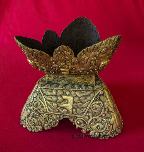 staender fuer Kapala-219 aus vergoldetem kupfer
