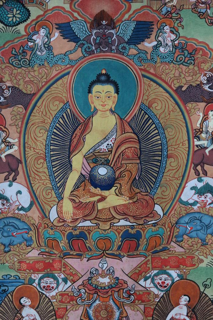 Life-of-Buddha-Thangka-303 grosse darstellung des buddha shakyamuni im zentrum des rollbildes