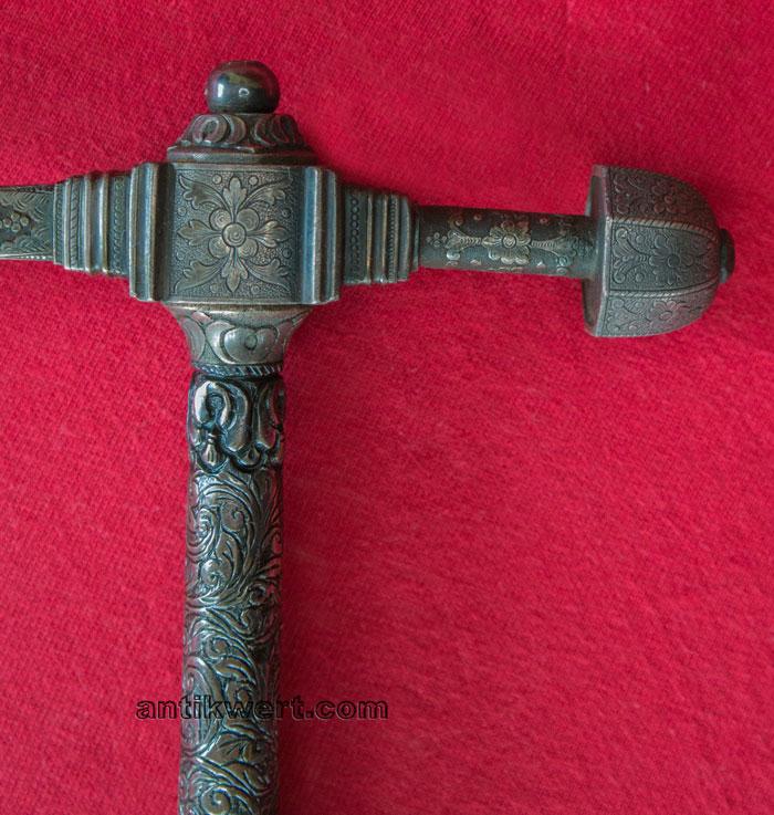 hammerhals mit silberkappe und abgestuftem mittelstueck von Reiterhammer-721